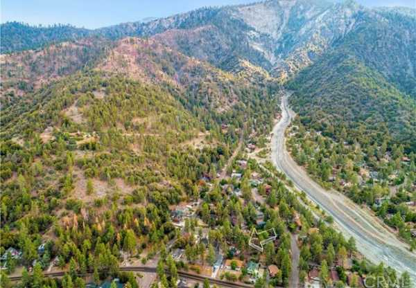 Closed   5331 E Canyon Court Wrightwood, CA 92397 11