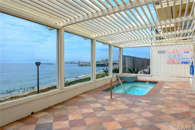 Closed | 565 Esplanade #204 Redondo Beach, CA 90277 40