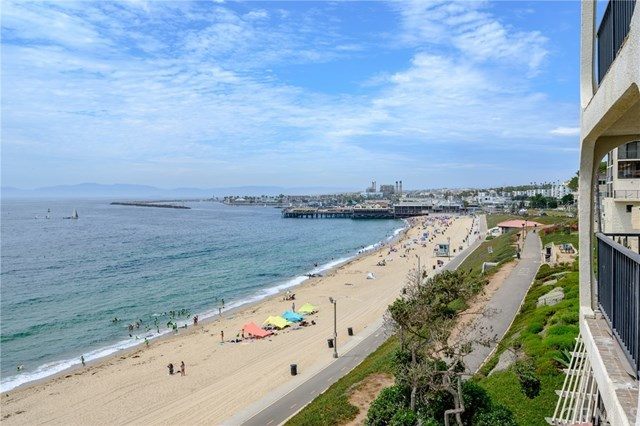 Closed | 565 Esplanade #204 Redondo Beach, CA 90277 42