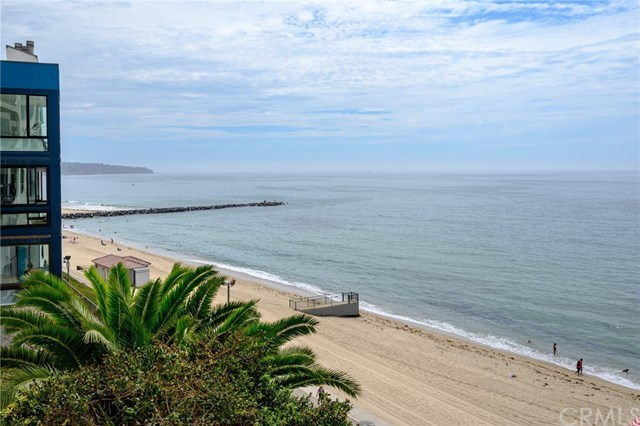Closed | 565 Esplanade #204 Redondo Beach, CA 90277 44