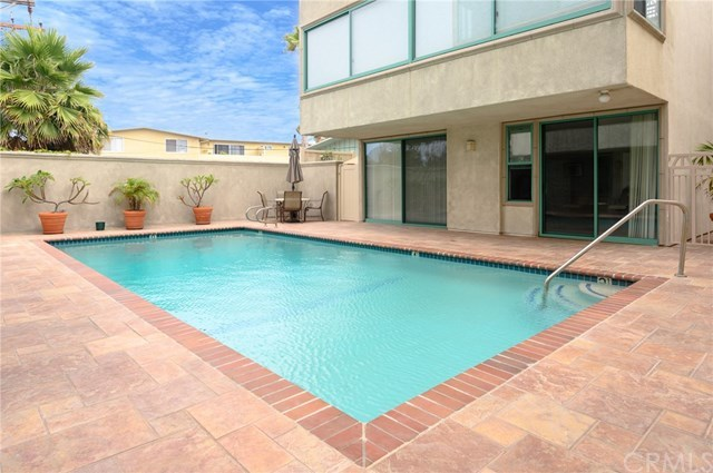 Closed | 201 Calle Miramar   #4 Redondo Beach, CA 90277 53