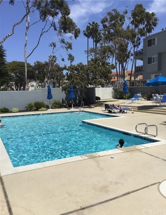 Closed   250 The Village  #112 Redondo Beach, CA 90277 21