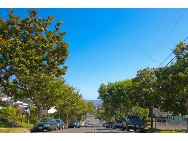 Closed | 215 S Irena  Avenue #A Redondo Beach, CA 90277 2