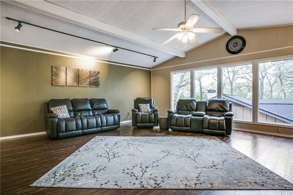 Sold Property | 2105 Ridgedale Drive Arlington, Texas 76013 4
