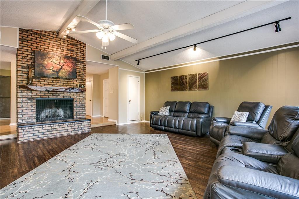 Sold Property | 2105 Ridgedale Drive Arlington, Texas 76013 5