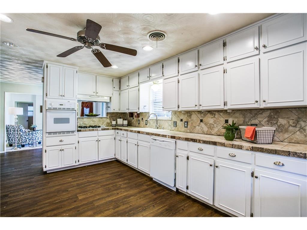 Sold Property | 1204 Waggoner Drive Arlington, Texas 76013 2