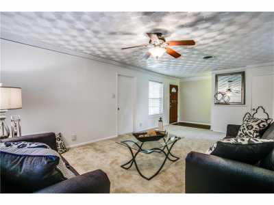 Sold Property   1204 Waggoner Drive Arlington, Texas 76013 6