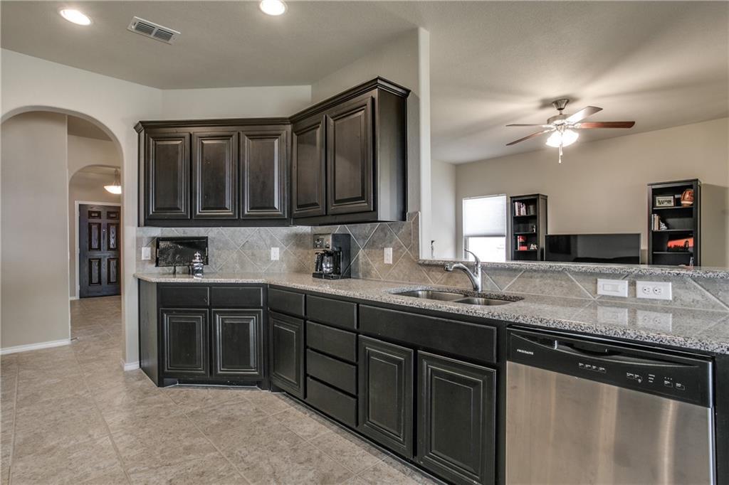 Sold Property | 6607 Eliza Drive Arlington, Texas 76001 4