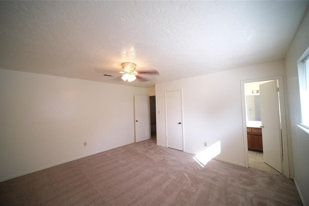 Active | 10506 Huntington Way Drive Houston, Texas 77099 11