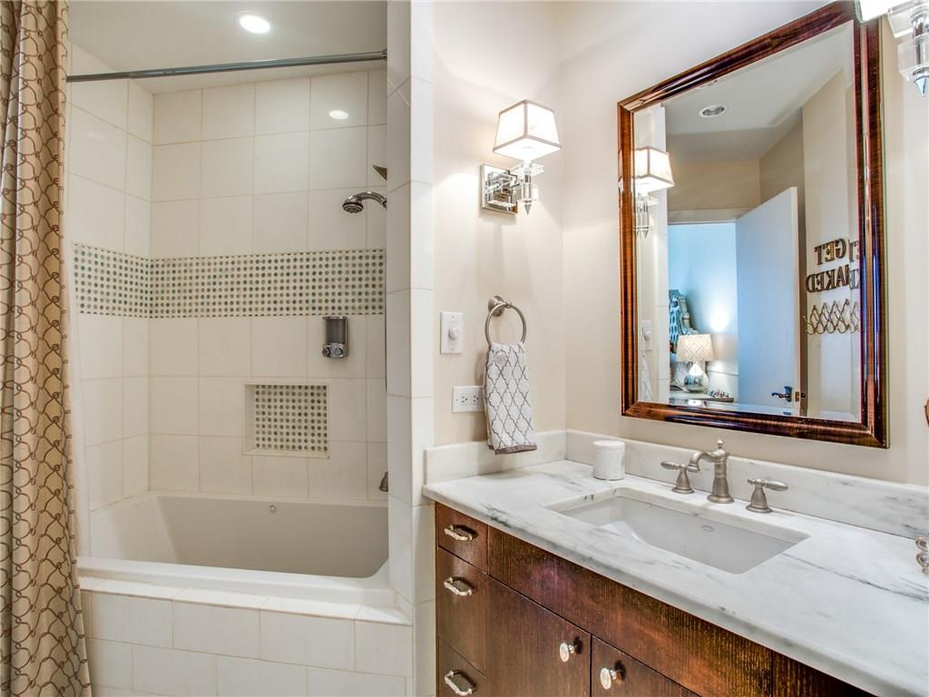 Sold Property | 5320 E Mockingbird Lane #L300 Dallas, Texas 75206 11