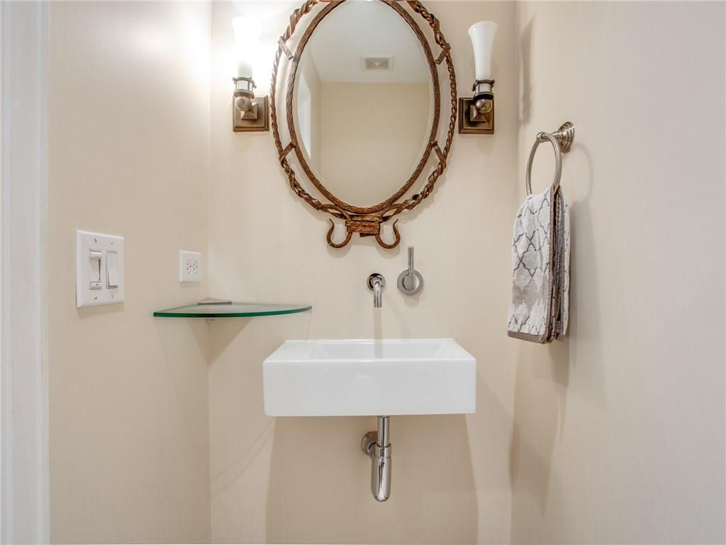 Sold Property | 5320 E Mockingbird Lane #L300 Dallas, Texas 75206 12