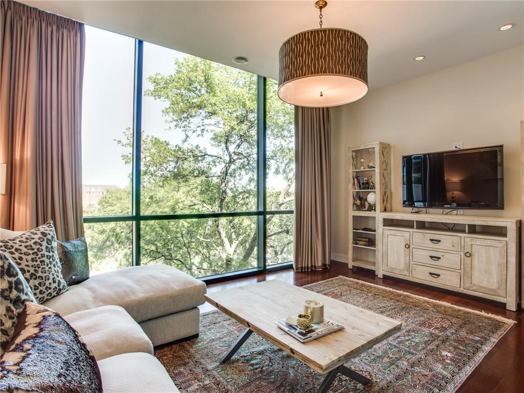 Sold Property | 5320 E Mockingbird Lane #L300 Dallas, Texas 75206 1