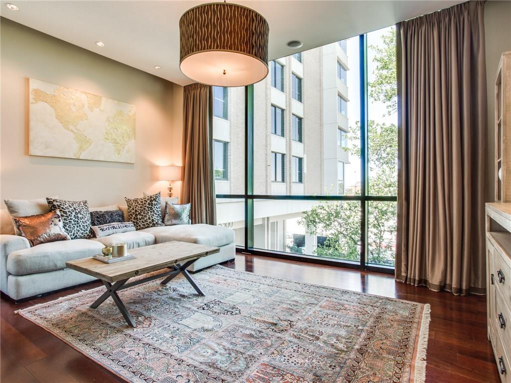 Sold Property | 5320 E Mockingbird Lane #L300 Dallas, Texas 75206 2