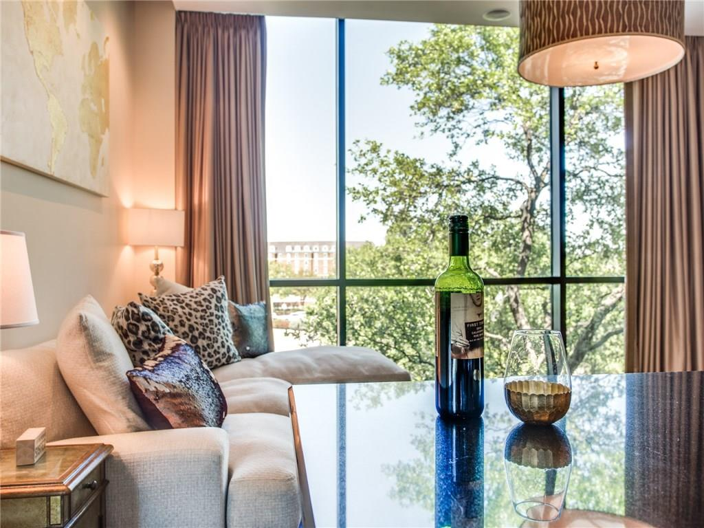 Sold Property | 5320 E Mockingbird Lane #L300 Dallas, Texas 75206 5