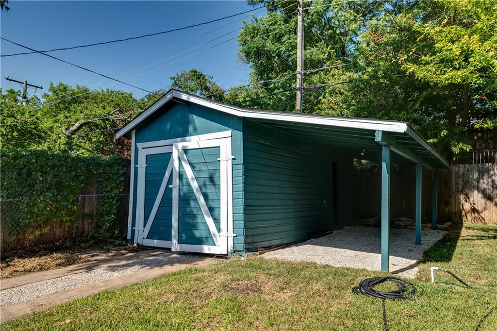 Pending | 1720 Belle Place Fort Worth, TX 76107 30