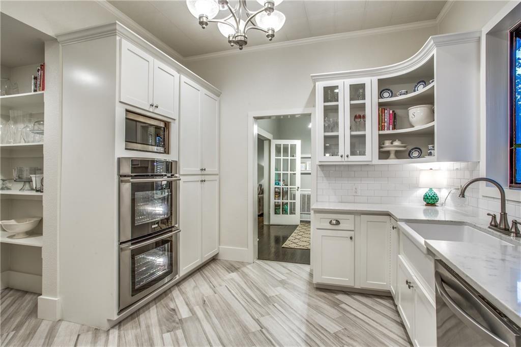 Sold Property | 819 Woodlawn Avenue Dallas, Texas 75208 12