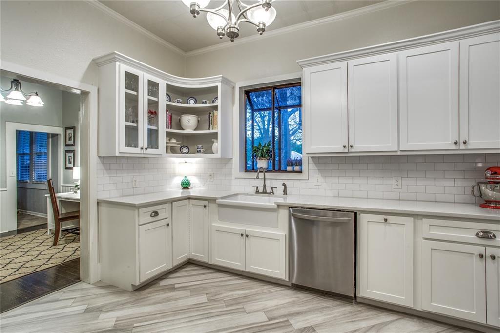 Sold Property | 819 Woodlawn Avenue Dallas, Texas 75208 13