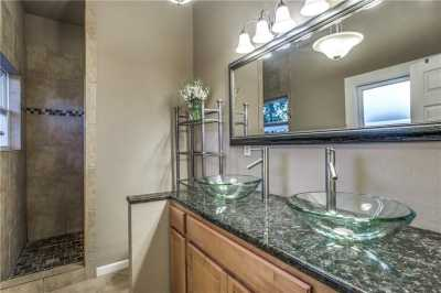 Sold Property | 819 Woodlawn Avenue Dallas, Texas 75208 19