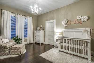 Sold Property | 819 Woodlawn Avenue Dallas, Texas 75208 21