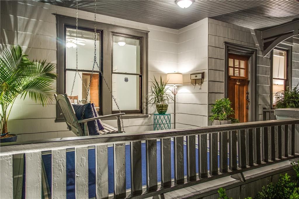 Sold Property | 819 Woodlawn Avenue Dallas, Texas 75208 2