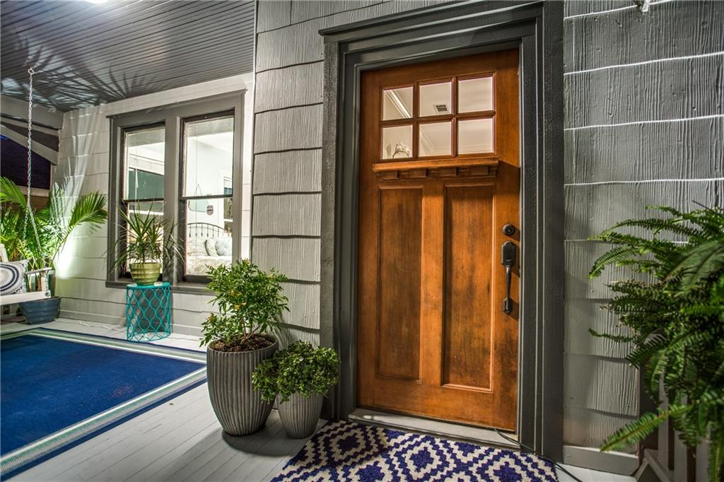 Sold Property | 819 Woodlawn Avenue Dallas, Texas 75208 3