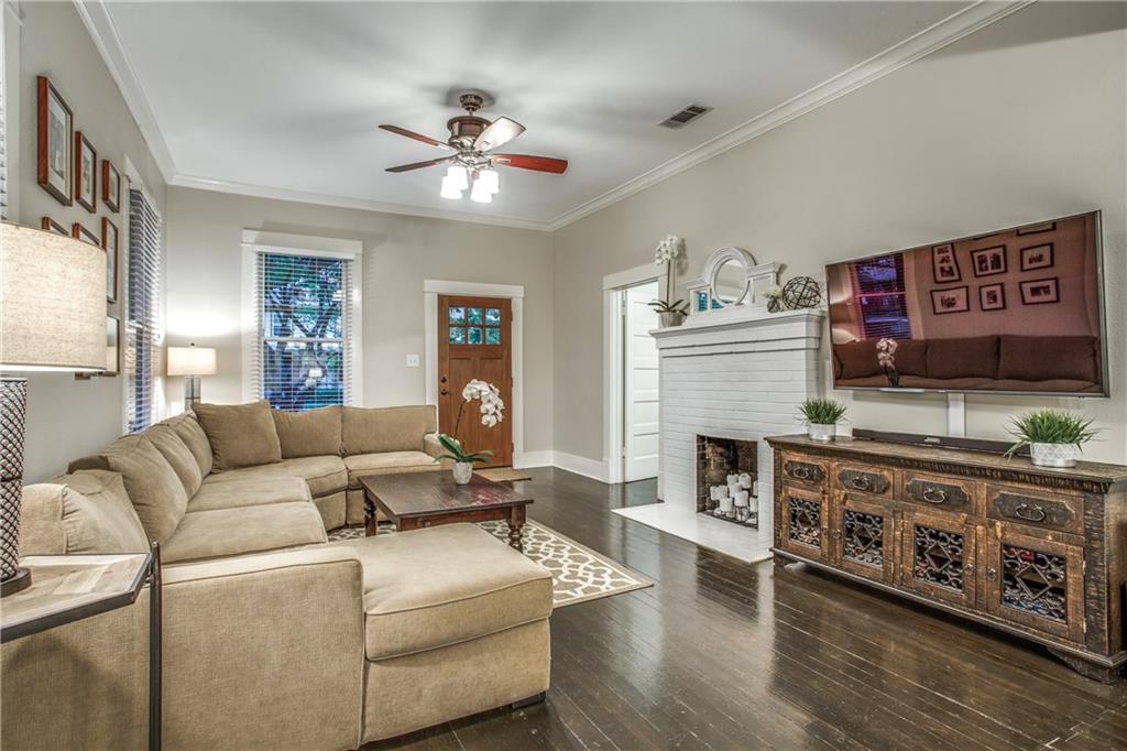 Sold Property | 819 Woodlawn Avenue Dallas, Texas 75208 4