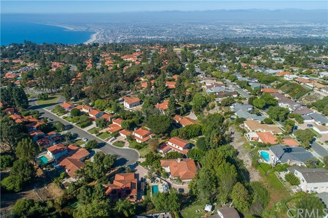 Closed | 1673 Cataluna  Place Palos Verdes Estates, CA 90274 5