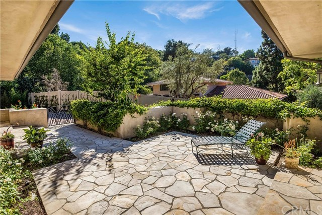 Closed | 1673 Cataluna  Place Palos Verdes Estates, CA 90274 8
