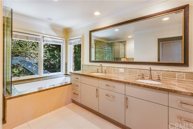 Closed | 1673 Cataluna  Place Palos Verdes Estates, CA 90274 33