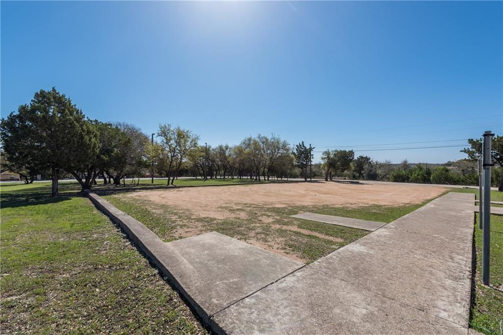 Active | 17406 Village Drive Dripping Springs, TX 78620 5
