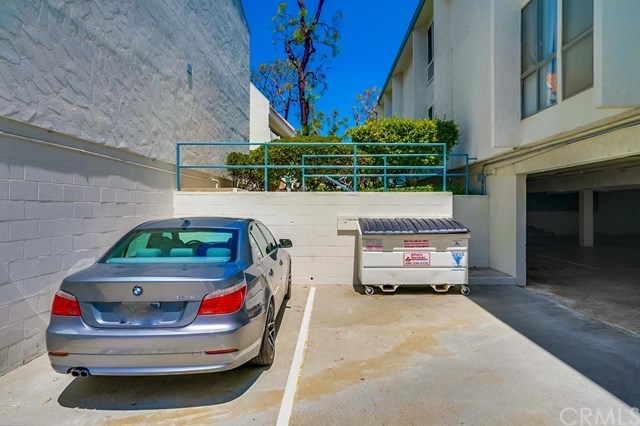 Closed | 631 S Prospect  Avenue #101 Redondo Beach, CA 90277 50