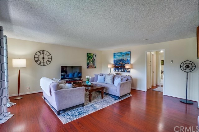 Closed | 631 S Prospect  Avenue #101 Redondo Beach, CA 90277 2
