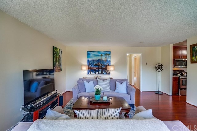 Closed | 631 S Prospect  Avenue #101 Redondo Beach, CA 90277 6