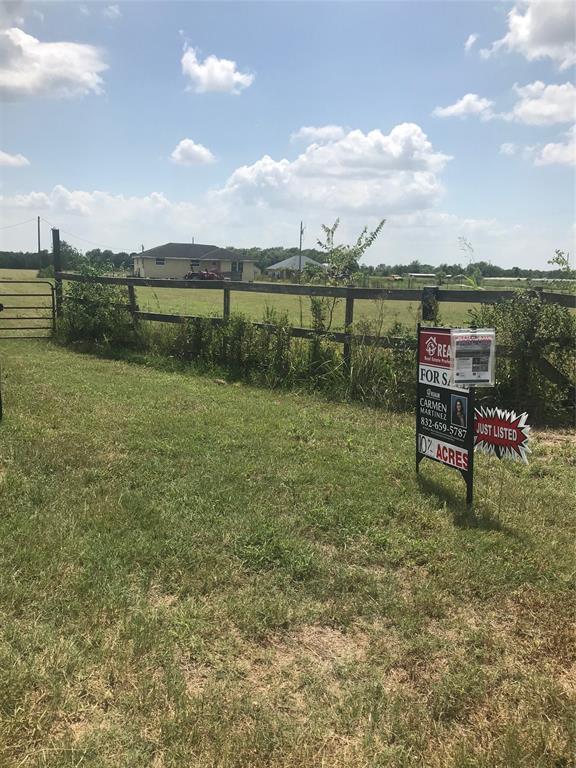 Active | 7853 County Road 605  Dayton, TX 77535 34