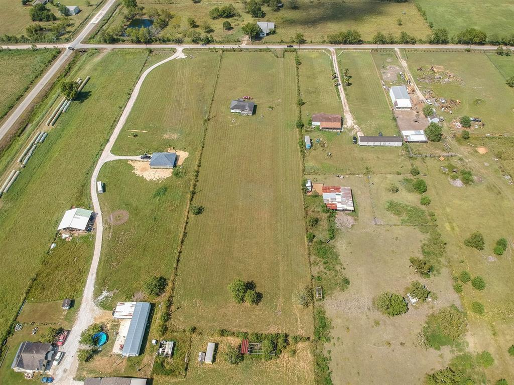 Active | 7853 County Road 605  Dayton, TX 77535 6
