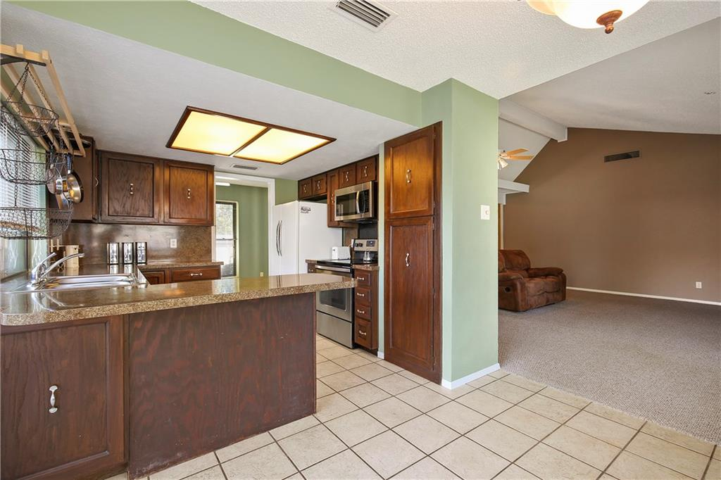 Housed Real Estate + Relocation  | 1713 Aurora  Drive Richardson, TX 75081 12