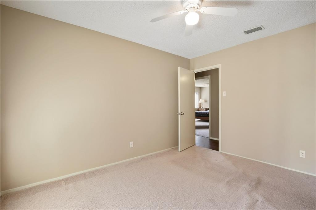 Housed Real Estate + Relocation  | 1713 Aurora  Drive Richardson, TX 75081 23