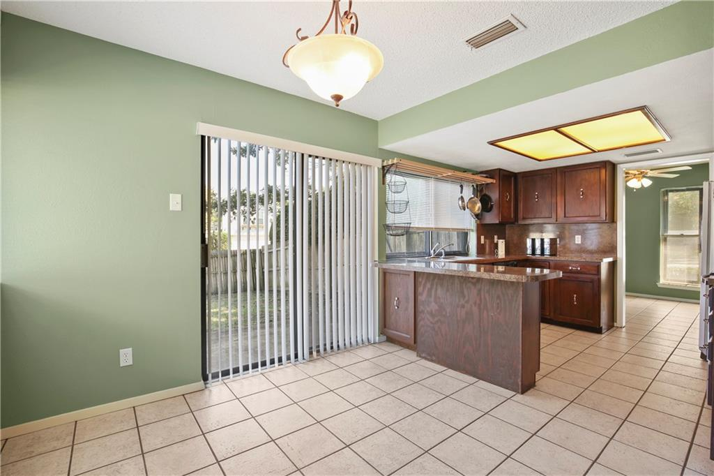 Housed Real Estate + Relocation  | 1713 Aurora Drive Richardson, Texas 75081 11