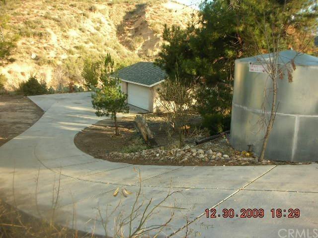 Closed | 12534 Wells Road Hesperia, CA 92345 2