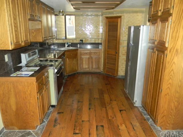 Closed   27496 White Fir Drive Lake Arrowhead, CA 92352 10