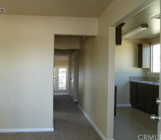 Closed | 8744 Tamarind Avenue Fontana, CA 92335 2