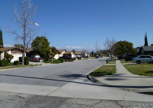 Closed | 8744 Tamarind Avenue Fontana, CA 92335 14