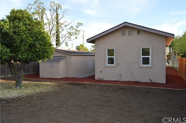Closed | 1132 W 11th Street San Bernardino, CA 92411 19