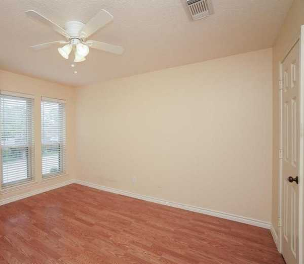 Property for Rent | 1019 Fleetwood Place Drive  Houston, Texas 77079 22