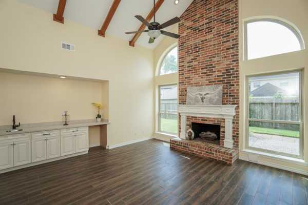Property for Rent | 1019 Fleetwood Place Drive  Houston, Texas 77079 8