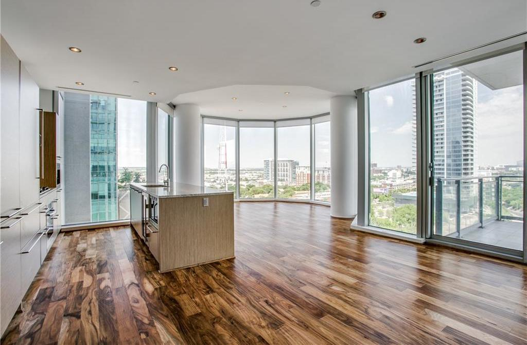 Active | 2900 McKinnon Street #1004 Dallas, TX 75201 0