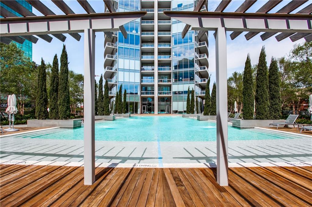 Active | 2900 McKinnon Street #1004 Dallas, TX 75201 21