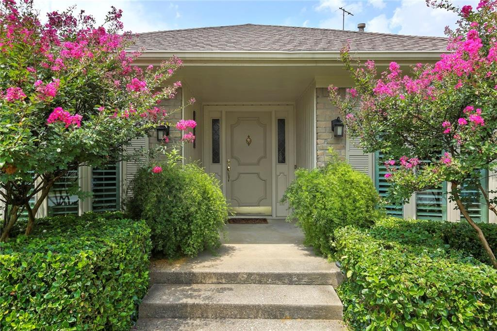 Dallas Real Estate | 7629 Tanglecrest Drive Dallas, Texas 75254 3