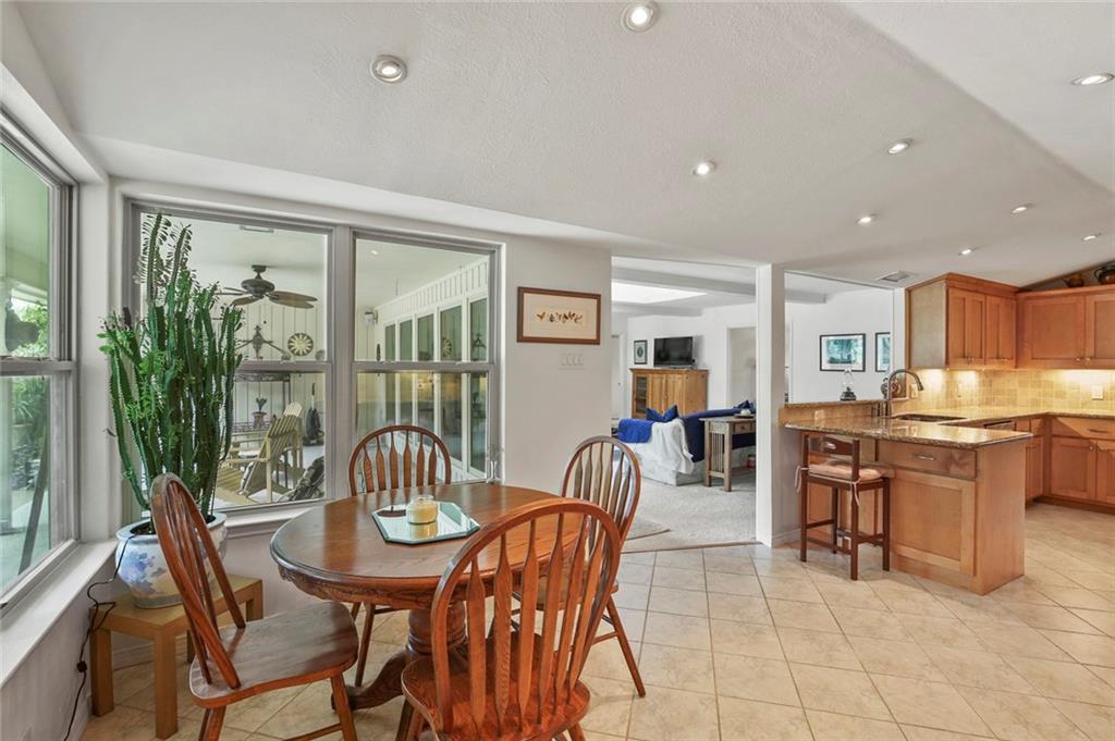Dallas Real Estate | 7629 Tanglecrest Drive Dallas, Texas 75254 16