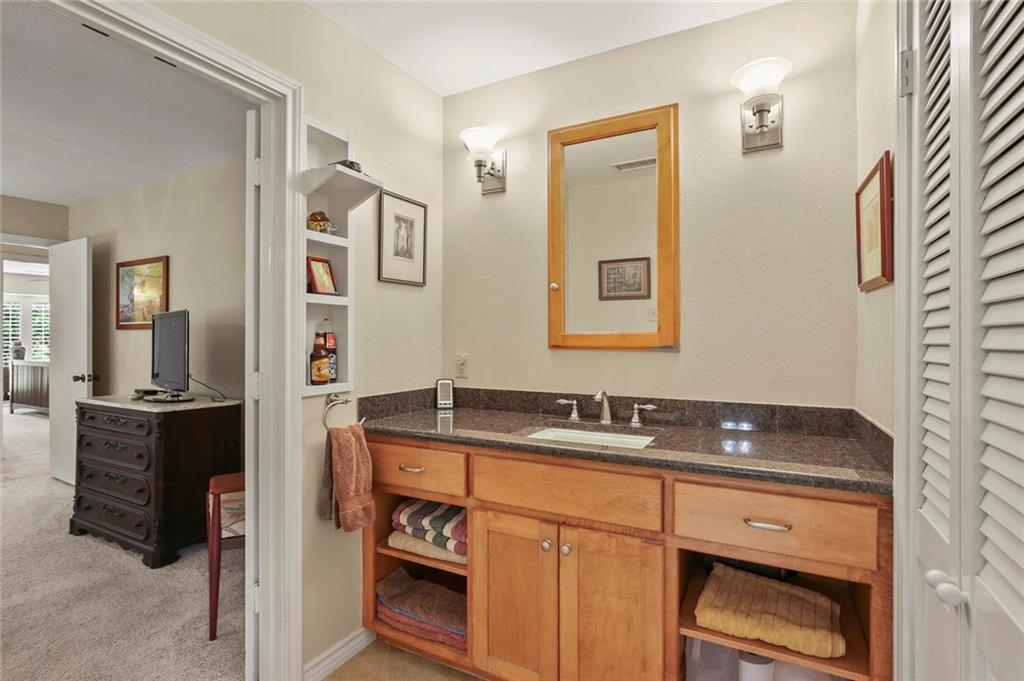 Dallas Real Estate | 7629 Tanglecrest Drive Dallas, Texas 75254 25